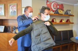 Başkan Oprukçu'dan filyaskon ekibine hediye