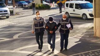 Eczacı kalfası uyuşturucu hap ticaretinden gözaltına alındı