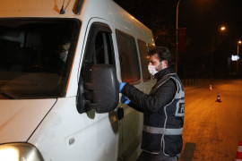Konya'da cadde meydanlarda sessizlik hakim