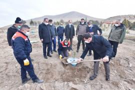 Konya'da ilk kez sulamasız fidan dikim çalışması yapıldı