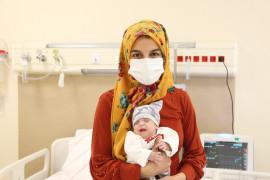 Konya'da 480 gram doğan bebek 167 günde hayata tutundu