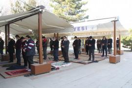 Konya'da yeni yılın ilk cuma namazı kılındı