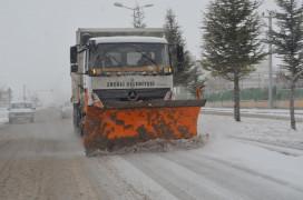 Ereğli'de karla mücadele çalışması
