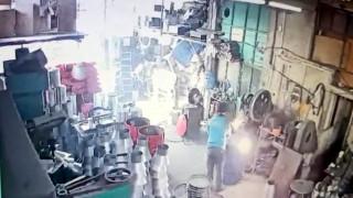 İşçinin ölümüne sebep olan yağ varilinin patlama anı kameraya yansıdı