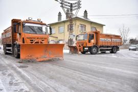 Karatay Belediyesi 7/24 kar mesaisinde