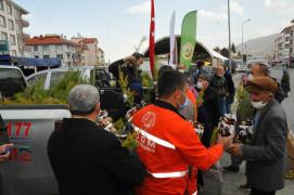 Akşehir'de vatandaşlara fidan dağıtıldı