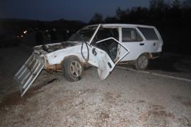 Beyşehir'de iki otomobil çarpıştı: 2 yaralı