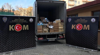 Konya'da 2 ton 713 kilo kaçak nargile tütünü ele geçirildi