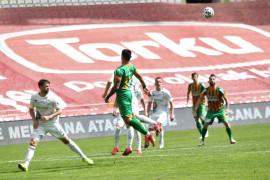 Süper Lig: Konyaspor: 1 – Alanyaspor: 0 (İlk yarı)
