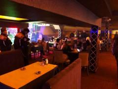 Konya'da eğlence mekanı ve kumar oynanan iş yerindeki 51 kişiye ceza