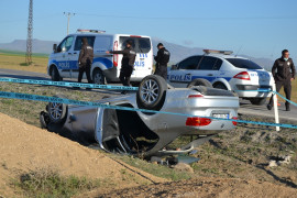 Konya'da otomobil şarampole takla attı: 1 ölü