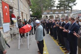 Korona virüsten hayatını kaybeden eski AK Parti Milletvekili Uysal son yolculuğuna uğurlandı