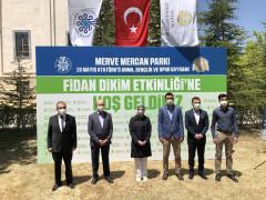 Korona virüsten ölen tıp öğrencisi Merve Mercan'ın anısına fidan dikimi yapıldı