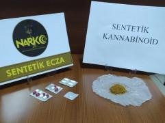 Konya'da şüphe üzerine durdurulan araçta uyuşturucu ele geçirildi